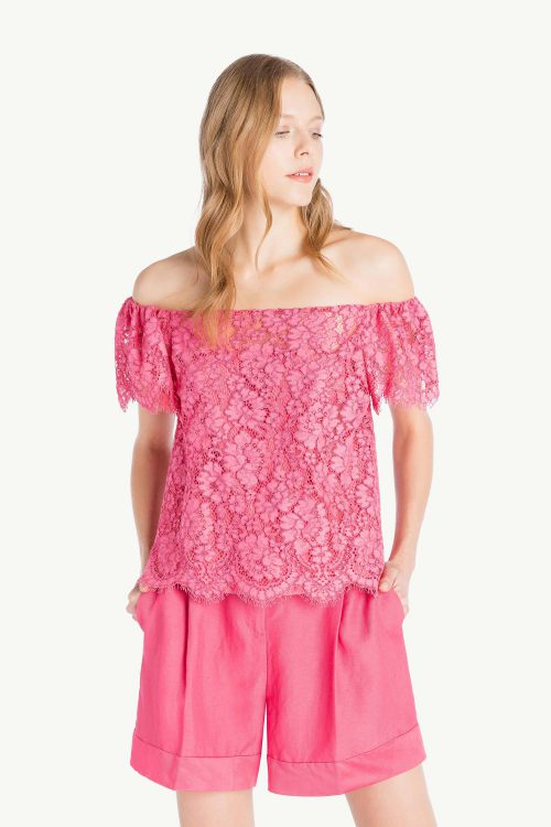 Top donna rosa in pizzo macramé leggero