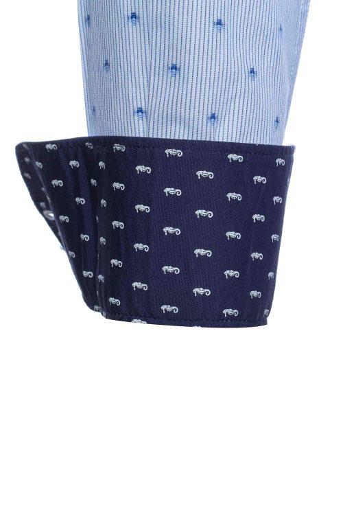 Camicia uomo in cotone, modello slim fit con collo alla francese e stampa decorativa